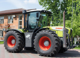 Трактор CLAAS Xerion (2259)