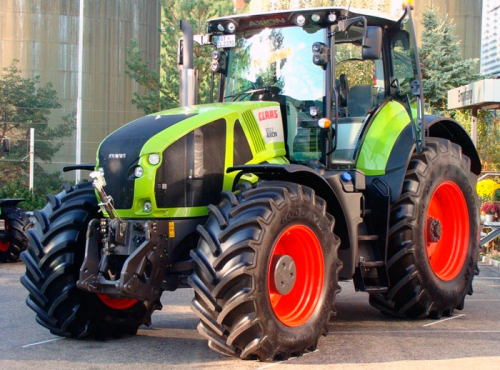 Трактор CLAAS Axion - 1
