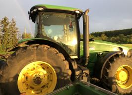Трактор JOHN DEERE 8320R (2228)