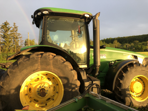 Трактор JOHN DEERE 8320R - 1