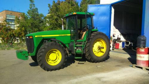 Трактор JOHN DEERE 8400 - 6