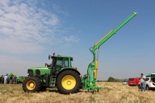 Погрузчик VELES AGRO GSTM 1000 - 1