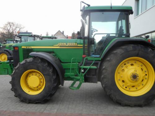 Трактор JOHN DEERE 8310 - 1
