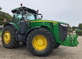 Трактор JOHN DEERE 8335 (2193)
