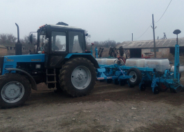 Трактор МТЗ (2065)
