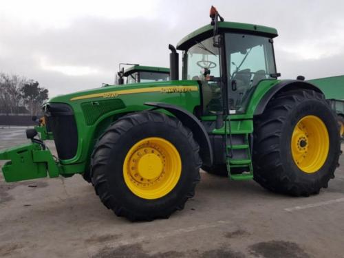 Трактор JOHN DEERE 8520 - 1
