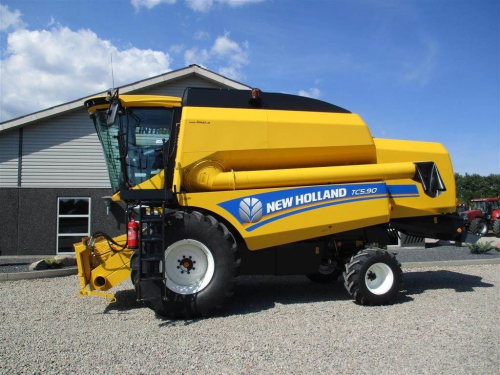 Комбайн NEW HOLLAND 5.90 - 1