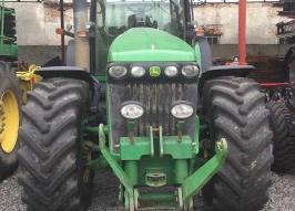 Трактор JOHN DEERE 8520 320PS (1118)