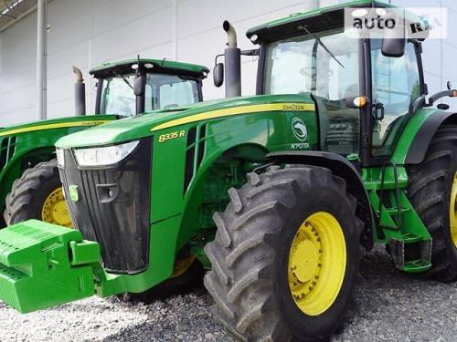 Трактор JOHN DEERE 8335R - 1
