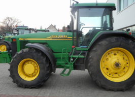Трактор JOHN DEERE 8310 (1287)