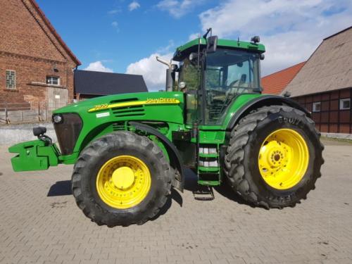 Трактор JOHN DEERE 7920 - 1