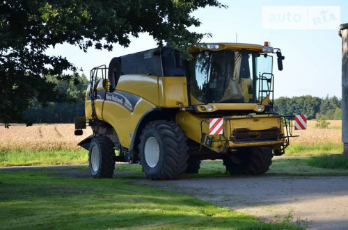 Комбайн NEW HOLLAND СХ 880 - 1