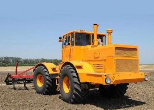 Трактор КИРОВЕЦ К 700 - 1