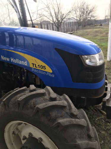 Трактор NEW HOLLAND TL105 - 1