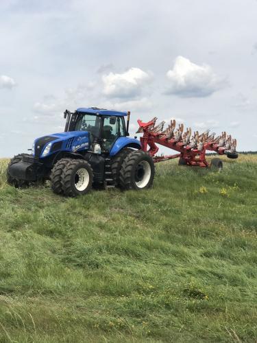 Трактор NEW HOLLAND T8.410 - 1