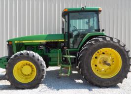 Трактор JOHN DEERE 8300 (1295)