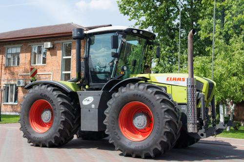 Трактор CLAAS Xerion - 1