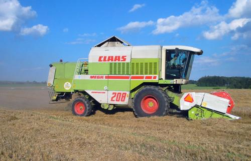 Комбайн CLAAS mega 208 - 1