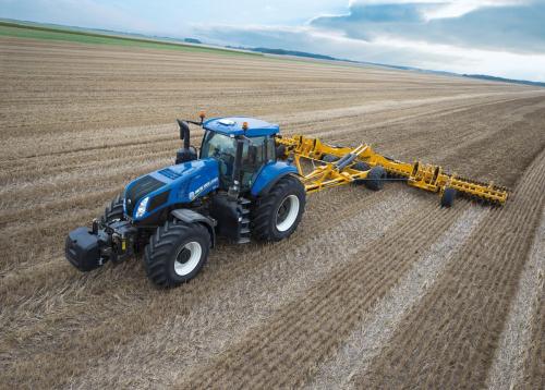 Трактор NEW HOLLAND Т8 - 1