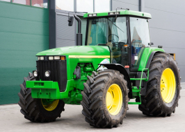 Трактор JOHN DEERE 8400 (847)